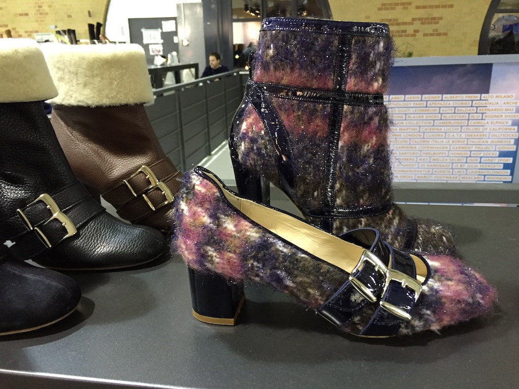 Fashion Week Schuhe mit Metalliceffekt