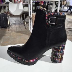 Fashion Week Schuhe mit Tweet