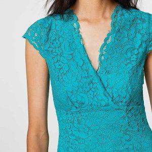 Türkises Kleid für H-Figur