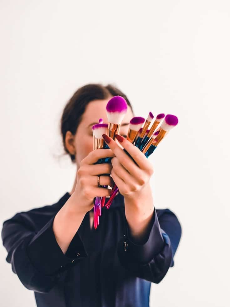 Business-Make-up Photo by Laura Chouette on Unsplash
